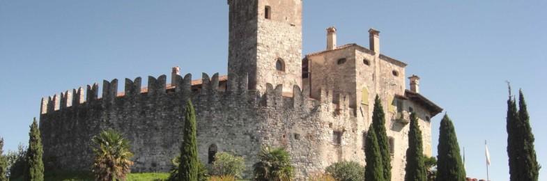Il Gruppo poesia Leomajor sta leggendo i libri dei finalisti del Premio Castello di Villalta Poesia Giovani